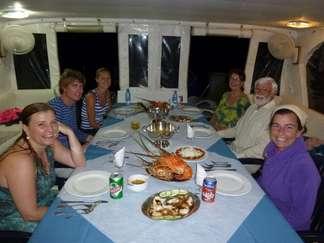 Hervorragende Meeresfrüchte an Bord der Avalon Flotte in Kuba