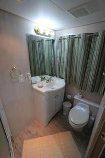 Badezimmer auf Avalon II Tauchreisen Gärten der Königin