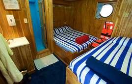 Master cabin 2 MV Yemaya