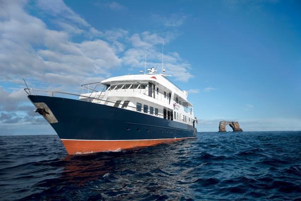 Galapagos Master Tauchschiff